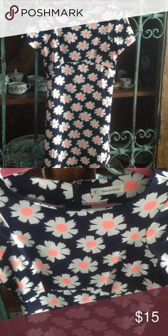 """Floral Dress by Mika & Gala (LF) Details: Sweet peach/white on navy floral from LF. Hidden zipper in back with hook. 35% Cotton, 65% Poly Size:  8 (See measurements, pls.) Measurements:  31"""" from shoulder to bottom of hem, 16"""" pit to pit, 15"""" @ waist In great condition Mika & Gala (LF)  Dresses Mini"""