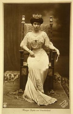 Queen Sophie of Greece. Daughter of Princess Alice of Hesse, granddaughter of queen Victoria.