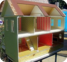 Doll House https://www.facebook.com/pages/Poppies-Woodshop-Designs/141611995906474