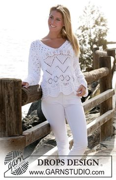 DROPS jersey with V-neck and lace pattern in Paris Free pattern by DROPS Design. Knitting Paterns, Lace Knitting, Knitting Designs, Drops Design, Drops Patterns, Knit Patterns, Pull Crochet, Knit Crochet, Summer Knitting