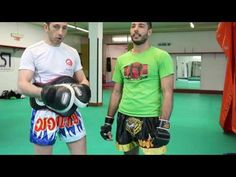 UN ALLENAMENTO DI MUAY THAI - YouTube