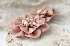 XXL flowers (5 cm) | Sculpey ultralight, premo | Auteur : Zuzu world | Flickr - Photo Sharing!