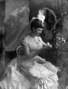 1886 May of Teck (Queen Mary, grandmother of Queen Elizabeth II)