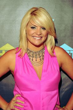 Lauren Alaina performed and did an interview and autograph session at the HGTV Lodge on June 7, 2013, during the CMA Fest 2013.