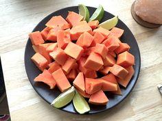 Papaya ist mit die beste Frucht für die Stoffwechselkur. Low-carb und enzyme, die deine Verdauung ankurbeln. Alles zur Papaya auf dem Blog !! // Papaya is the best fruit in your Diet !! #papaya #stoffwechselkur #21tagesroffwechselkur #stabilisierungsphase #kurphase #diätphase #abnehmen #healthylifestyle #fitin2016