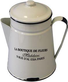 #Emaille  #Krug Boutique, Kettle, Kitchen Appliances, Madeleine, Deco, Enamels, Diy Kitchen Appliances, Teapot, Home Appliances