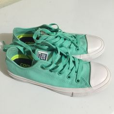 Converse Chuck Taylor II Sneakers In like new condition, Low Top sneakers in Teal/Canvas color. trade. This model fit true to size. Converse Shoes Sneakers