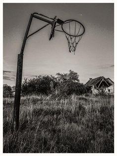 In the countryside by Waldemar Sadłowski
