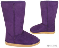 I still need PUrPle boOtS to add to my closet!!  faux purple ugg boots  $25.99 ♥ view more: www.onestopmotion.co.uk