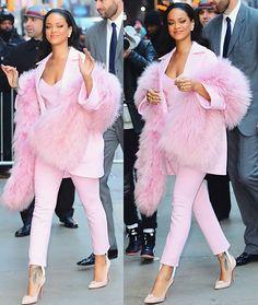#CelebrityStyle  #Rihanna @badgalriri  #beauty #style #chic #glam #haute #couture #design #luxury #lifestyle #prive #moda #instafashion #Instastyle #instabeauty #instaglam #fashionista #instalike #streetstyle #fashion #photo #ootd #model #blogger #photography #shoes
