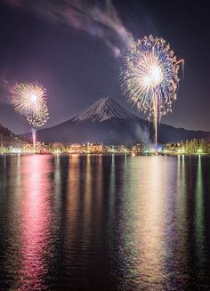 "kawaiitheo: ""Fuji & Fireworks by Yuga Kurita "" fallen616, tumblr.com 22 year old Span­ish native,liv­ing an adven­ture in Miami.Women are gor­geous.Space is awe­some.Nature is beau­ti­ful.Wel­come to my world."