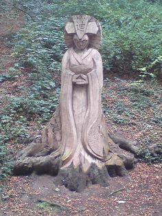 A tree carving in the glen near Peasholm Park, Scarborough, England. Scarborough England, Continental Europe, Irish Sea, Tree Carving, Seaside Resort, North Sea, North Yorkshire, England Uk, Tree Art