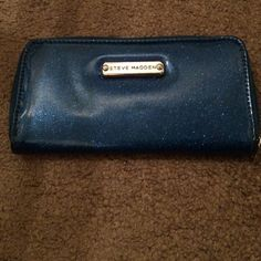 TODAY ONLY!!! Steve Madden Wallet Cute blue sparkle long wallet by Steve Madden Steve Madden Accessories