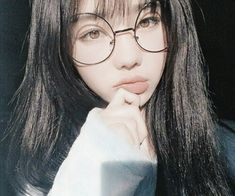 New Makeup Asian Glasses Ideas – Brille Make-up Ulzzang Korean Girl, Cute Korean Girl, Cute Asian Girls, Cute Girls, Pretty Korean Girls, Uzzlang Girl, Asian Glasses, Wattpad, Girls With Glasses
