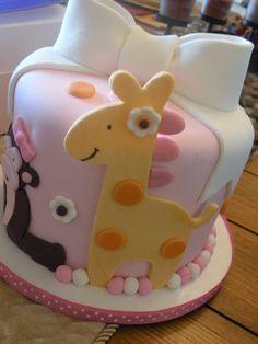 Love the Giraffe!  jungle baby shower cake