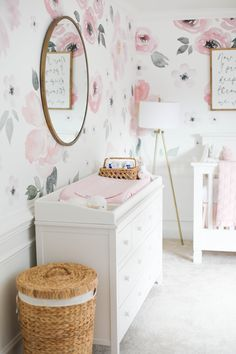 Our beautiful floral nursery that is bright and airy with pops of pink! Baby Emma is here so I'm excited to finally share her nursery reveal! Baby Girl Nursery Themes, Girl Nursery Art, Baby Girl Rooms, Baby Girl Nursery Wallpaper, Baby Room Art, Nursery Ideas, Room Ideas, Bookshelves Kids, Floral Nursery