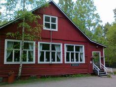 Maunulan ulkoilumajan kahvila - pysähdys pyöräretkellä / Maunula lodge cafe for a cycling trip stopover