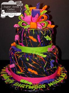 "Paint Splatter - & cakes iced in fondant w/royal icing ""paint splatter"" & hand made fondant bow. This cake was fun to make, but VERY messy! Neon Birthday Cakes, 80s Birthday Parties, Sweet 16 Birthday, Birthday Cake Girls, Paint Splatter Cake, Bolo Neon, Neon Cakes, Fondant Bow, Crazy Cakes"