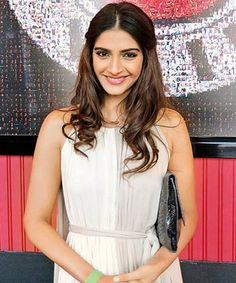 Bhaag Milkha Bhaag will encourage sportsmen and people to take up sports, says Sonam Kapoor!