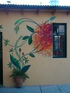 Gardening for Beginners: 11 Tips for a Successful Start Mosaic Wall Art, Mosaic Diy, Mosaic Garden, Mosaic Crafts, Mosaic Projects, Tile Art, Mosaic Glass, Mosaic Tiles, Garden Art