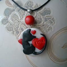 Collier fantaisie pendentif breloque en fimo petit chat noir mignon