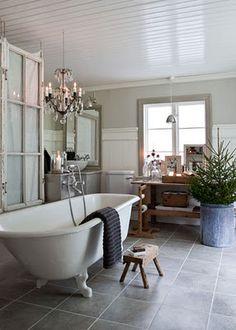 glorious tub