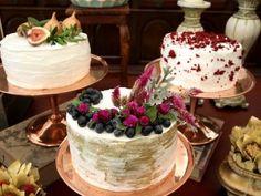 Trio de bolos ou bolos múltiplos: deliciosa tendência para o seu casamento em…