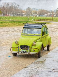 Classic Car  Citroen IES 3CV under the rain