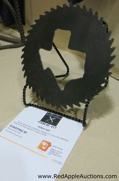 State-featured (Texas, in this case) wall decor from circular saw blade, made by high school shop class School Auction Projects, Class Projects, Art Projects, Shop Class, Circular Saw Blades, School Fundraisers, Silent Auction, Auction Items, Fundraising