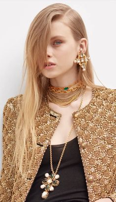 Editorial Hair, Editorial Fashion, Fashion 2020, Fashion Show, Fashion Design, Canadian Smocking, Contemporary Fashion, Beauty Trends, Ysl