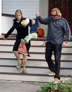 helen hunt with partner matthew carnahan and their daughter Matthew Carnahan, Next Of Kin, Helen Hunt, Daniel Day, Day Lewis, Canada Images, What Women Want, Image Search, Daughter