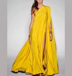 Michael Costello Spring 2016 RTW Fashion Show Michael Costello, High Fashion, Fashion Show, Fashion Outfits, Womens Fashion, Elegante Y Chic, Moda Vintage, Yellow Fashion, Beautiful Gowns