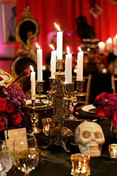 A darkly chic Halloween wedding inspiration shoot at the elegant Grand Bohemian hotel in Orlando // photos by Bumby Photography: http://bumbyphotography.com || see more on http://www.artfullywed.com