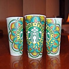 Starbucks White Cup Contest Art by katieeelorraine (very neat. Starbucks Cup Design, Starbucks Cup Art, Custom Starbucks Cup, Starbucks Logo, Starbucks Drinks, Starbucks Recipes, Coffee Cup Art, Coffee Cup Design, Coffee Equipment