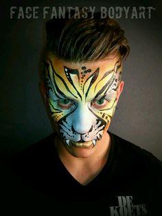 Tiger facepaint by Face Fantasy Makeup for jungle party at Bar dancing De Koets. www.facefantasy.nl
