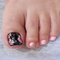 Girls Nail Designs, Pedicure Nail Designs, Classy Nail Designs, Nail Art Designs, Toe Nail Designs, Manicure And Pedicure, Pretty Toe Nails, Cute Toe Nails, Toe Nail Art