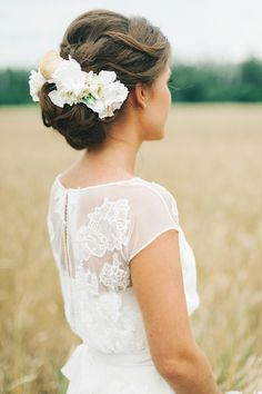 beautiful lace detail and we're living for the floral hair accessory! Beach Wedding Hair, Wedding Hair And Makeup, Wedding Beauty, Bridal Hair, Wedding Updo, Ballroom Wedding Dresses, Floral Wedding Gown, Pink Wedding Dresses, Russian Wedding