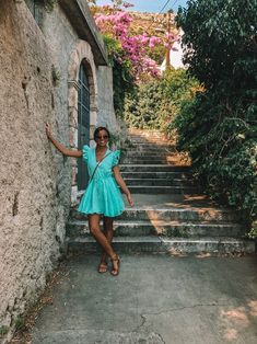Croatia Pictures, Coast Style, Croatia Travel, What To Pack, Peasant Blouse, Montenegro, Slovenia, Travel Style, Style Guides