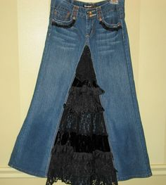upcycled jeans to skirt with lace on the front triangle - white/cream lace would be more my deal.