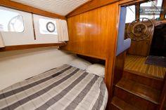 Houseboat CITY CENTER 5*Marina! in Olhão