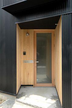 明るい玄関をつくろう!〜玄関ドアはそんな重厚でないといけないの?   iemo[イエモ]