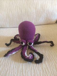 Octopus amigurumi. Handmade. By Me. Marchigurumi
