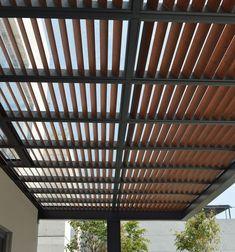 Pérgola: terrazas de estilo por productos cristalum | homify
