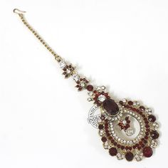 The MAHREEN MAROON MAANG TIKKA by Indiatrend. Shop Now at WWW.INDIATRENDSHOP.COM