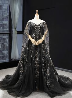 Black Ball Gown Tulle Off the Shoulder Long Sleeve Prom Dress With Appliques Unique Dresses, Pretty Dresses, Beautiful Dresses, Formal Dresses, Dress Outfits, Fashion Dresses, Club Outfits, Fantasy Gowns, Fairytale Dress