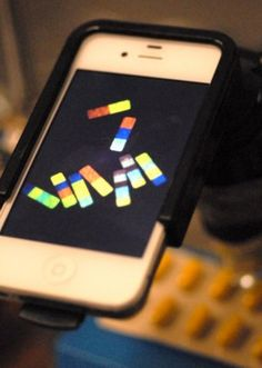 Smartphone-readable microparticles could crack down on counterfeiting - Technology Org