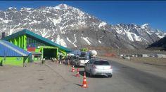 #Un paro del personal aduanero complica el paso a Chile - San Juan 8: San Juan 8 Un paro del personal aduanero complica el paso a Chile San…
