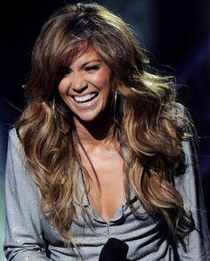 Jennifer Lopez wavy hair