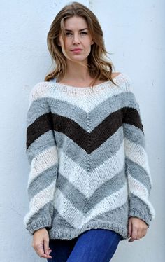 Stribet sweater i stil med Sarah Lund fra Forbrydelsen 3 Mohair Sweater, Knit Sweater Dress, Hand Knitting, Knitting Patterns, Diy Crafts Knitting, Knit Crochet, Crochet Pattern, Free Pattern, Crochet Clothes