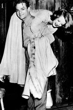 """The Bride Came COD"" (1941)  James Cagney & Bette Davis"